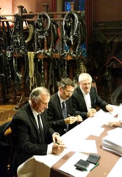 vente des haras nationaux de lamballe et d 39 hennebont des projets cheval confirm s par les. Black Bedroom Furniture Sets. Home Design Ideas